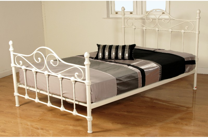 525 thickbox default Cotswold Metal Bed