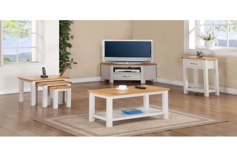 1015 thickbox default Hartford Painted Coffee Table