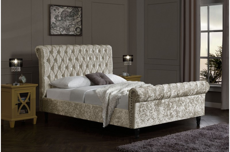 4337 thickbox default 5FTKing Chesterfield Bed Oyster Velvet With Diamonds