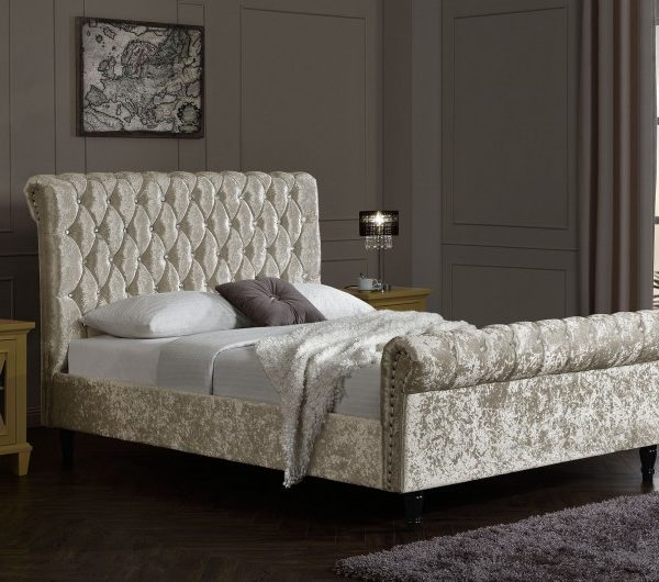 4FT6 /Double Chesterfield Bed Oyster Velvet With Diamonds