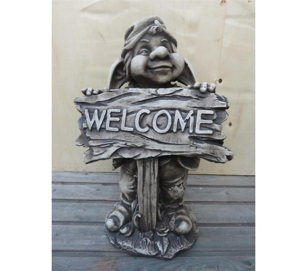 4593 thickbox default Welcome Fence Gnome