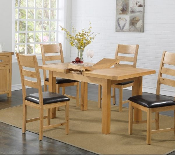 Newbridge 4x3 Butterfly Extension Dining Table